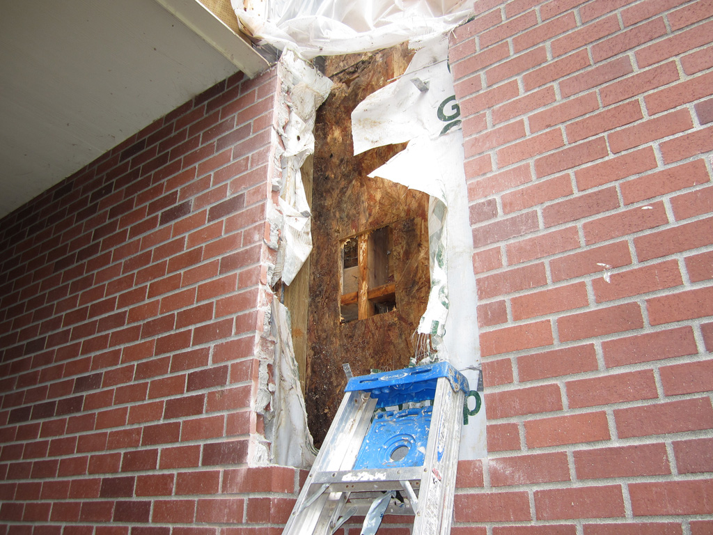columbia-channel-condominiums-damage-1
