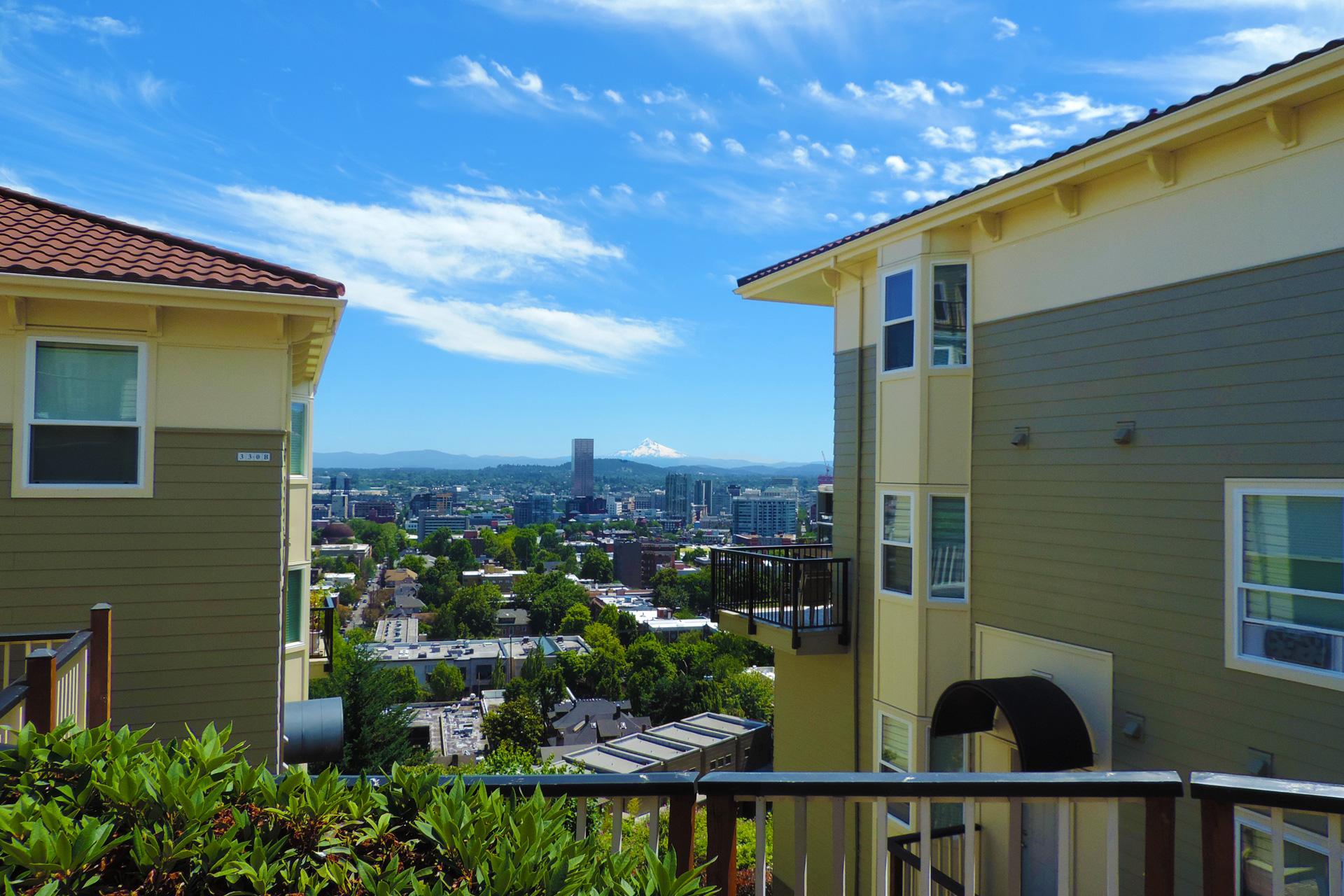 hilltop-condominiums-uptown-image-5