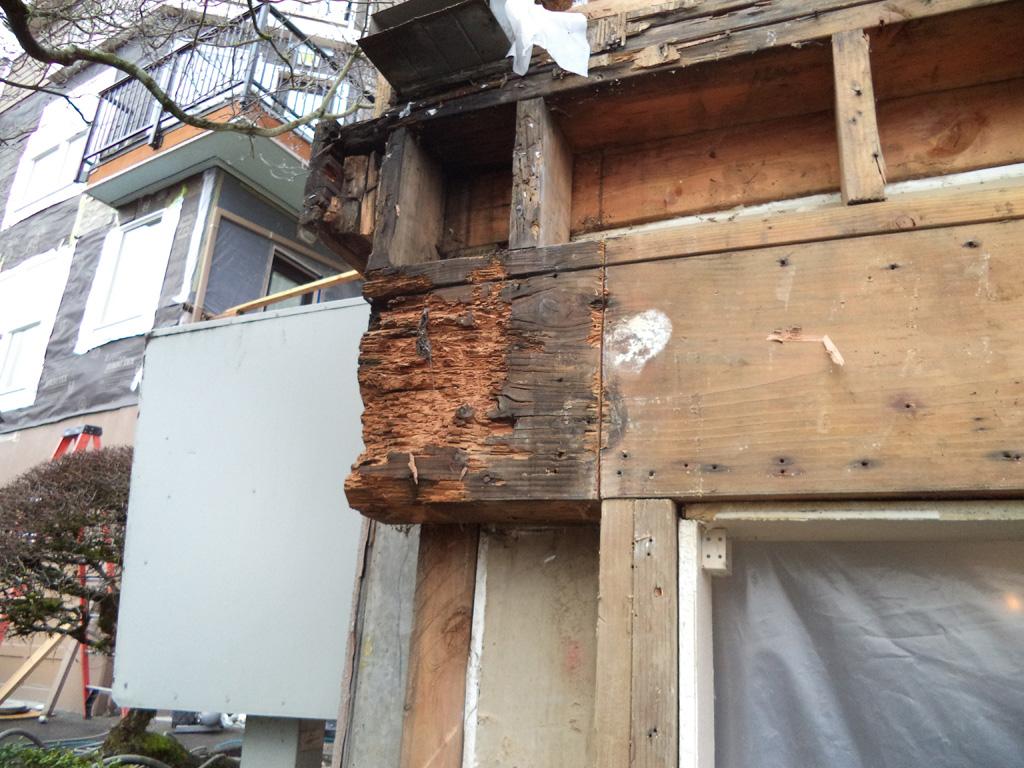 hilltop-condominium-uptown-damage-6